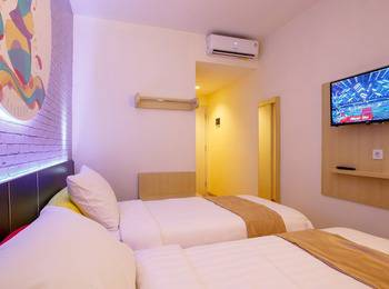 Front One Inn Muntilan Magelang - Superior Save 15%