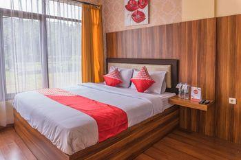 OYO 812 Hotel Tirta Bahari Pangandaran - Deluxe Double Room Early Bird