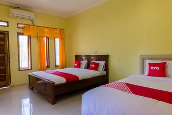 OYO 812 Hotel Tirta Bahari Pangandaran - Suite Triple Regular Plan