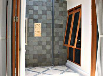 De Nuansa Dago II Syariah Villa by HouseInBandung