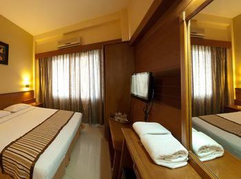 Hotel Asia Solo - Superior Plus Room Regular Plan