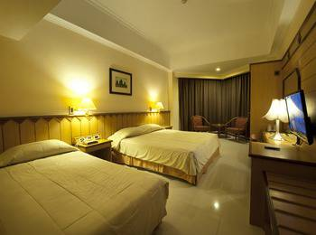 Hotel Asia Solo - Family (Room Only) Promo Hepi