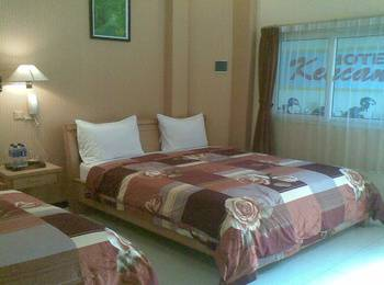 Hotel Kencana Pati - Family Room Bawah Regular Plan