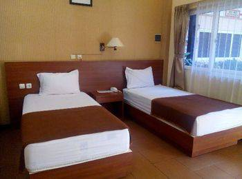 Hotel Kencana Pati - Standard Twin Room Regular Plan