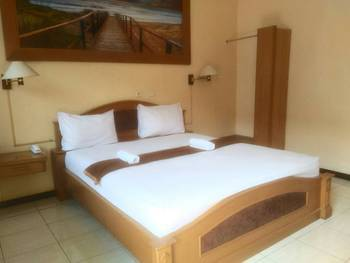 Hotel Kencana Pati - Standard Double Room Regular Plan