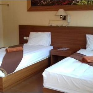 Hotel Kencana Pati - VIP Atas Twin Bed Regular Plan