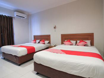 OYO 717 Hotel Dharma Utama Syariah Pekanbaru - Deluxe Family Room Early Bird