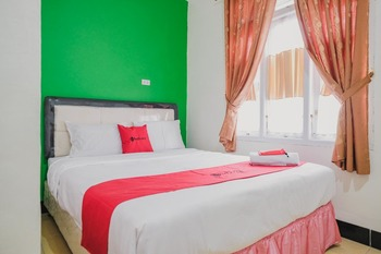 RedDoorz Syariah near Kebun Raya Liwa Lampung Barat - RedDoorz Room Basic Deal