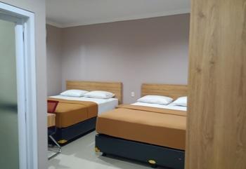 Hotel Aura Lubuklinggau - Family Room Lantai 2 Regular Plan