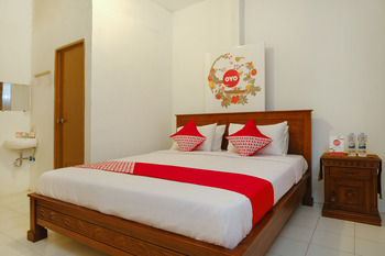 OYO 423 Bege Homestay Yogyakarta - Deluxe Double Room Last