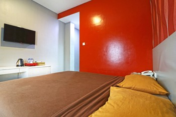 Hotel Eve Bandung - Deluxe Room Only Regular Plan