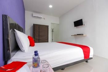 RedDoorz near Universitas Pelita Harapan Karawaci Tangerang - RedDoorz Twin Room Regular Plan