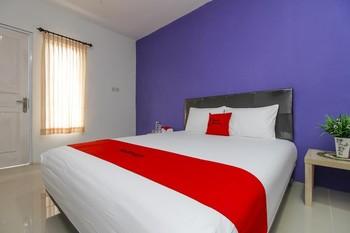 RedDoorz near Universitas Pelita Harapan Karawaci Tangerang - RedDoorz Room Regular Plan