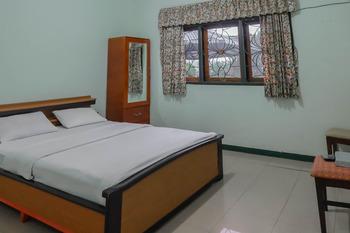 Grand Bintang Ciwidey Bandung - Deluxe Room Last Minute