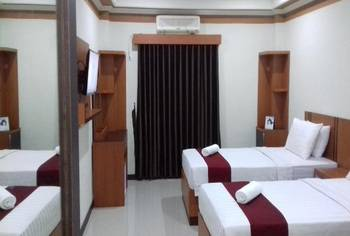 Al Anwari Hotel Banjarmasin - Deluxe Room Regular Plan