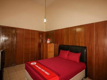 NIDA Rooms Crown Kraton Tugu Station - Double Room Single Occupancy Special Promo