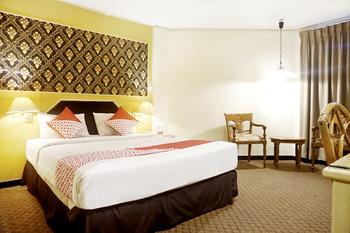 OYO 805 Hotel Dyan Graha Pekanbaru - Standard Double Room Regular Plan