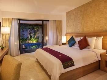 Park Regis Kuta - Deluxe Pool Suite Basic deal 63%