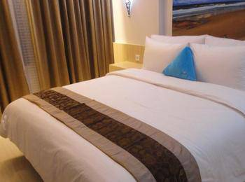 Megaland Hotel Solo - Deluxe Double with Breakfast Regular Plan