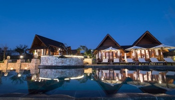 D'bays Dream Beach Club and Villa