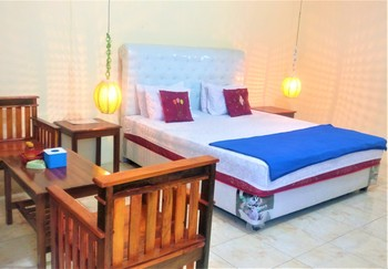 Menggala Cottage Banyumas - Superior Double Room Breakfast FC MS2N 49%