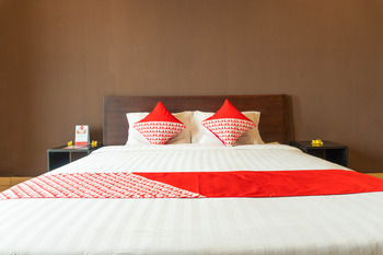 OYO 311 Melody Guest House Bali - Standard Double Long Stay