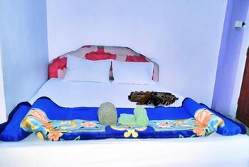 Trivadoh Syariah Hotel Padang Panjang - Superior Room Regular Plan