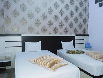 Trivadoh Syariah Hotel Padang Panjang - Junior Suite Room Regular Plan