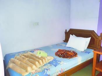 Trivadoh Syariah Hotel Padang Panjang - Standard Room Regular Plan