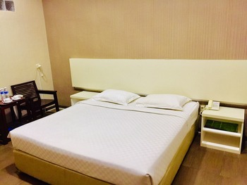 Hotel Flamengo Serang - Grand Deluxe Room Regular Plan