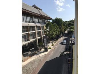 Hotel La Costa Central