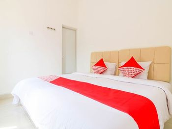 OYO 1438 Murai Guest House Bali - Standard Double Room Regular Plan