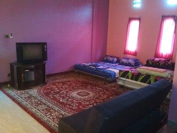 Almira Homestay Jambi - Family Room Regular Plan