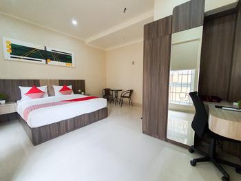OYO 2263 Fazarel Residence Syariah Padang - Standard Double Room Regular Plan
