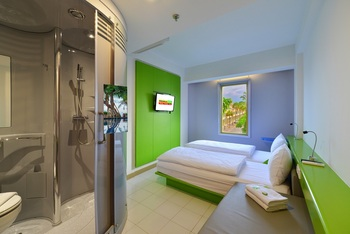 Singaraja Hotel Singaraja - Twin Room with City View Room Only Promo Harga Irit