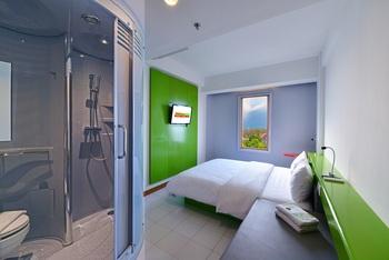 Singaraja Hotel Singaraja - Double or Twin Room with Mountain View Breakfast Promo Gajian