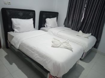 De Boel Guesthouse Deli Serdang - Standard Twin - Room Only Regular Plan