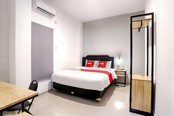 OYO 2409 Safara Guesthouse Syariah Semarang - Standard Double Room Regular Plan