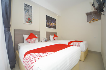 OYO 251 The Maximus Inn Hotel Palembang - Deluxe Twin Regular Plan