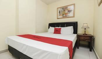 RedDoorz Plus @ Cikarang Bekasi - RedDoorz Room 24 Hours Deal