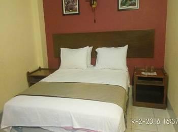 Hotel Sebelas Syariah Bandung Bandung - Deluxe Room Only Regular Plan