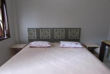 Penginapan Likko Inn Bali - Double Ac Room Regular Plan