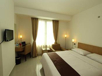 Triniti Hotel Jakarta - Superior Room Only  Regular Plan