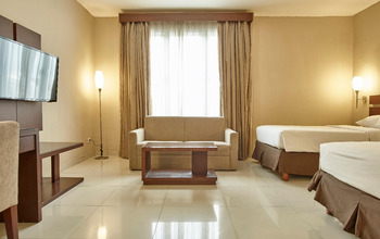 Triniti Hotel Jakarta - Deluxe Twin For 1 Breakfast Regular Plan