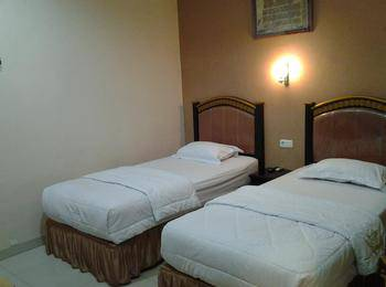 Aceh House Hotel Wahid Hasyim Medan - Superior Room Regular Plan