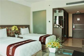 Claro Hotel Kendari - Superior Twin Room Only Promo Stay HEPI