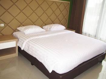 Sindha Hotel Manggarai - Deluxe Room Regular Plan