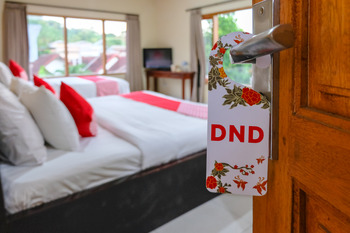 OYO 992 Semilir Senggigi Inn Lombok - Suite Family Regular Plan