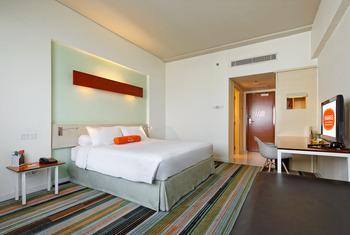 Hotel HARRIS Kelapa Gading - Working From Hotel (2 Breakfast) Regular Plan