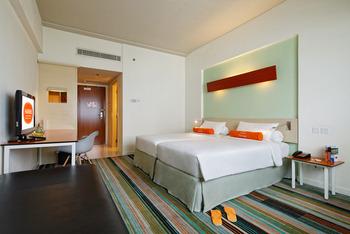 Hotel HARRIS Kelapa Gading - HARRIS Room Only TAUZIA GREAT SALE